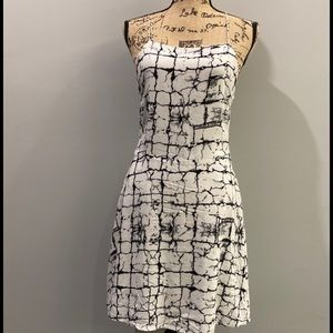 Olive & Oak dress size s black & white